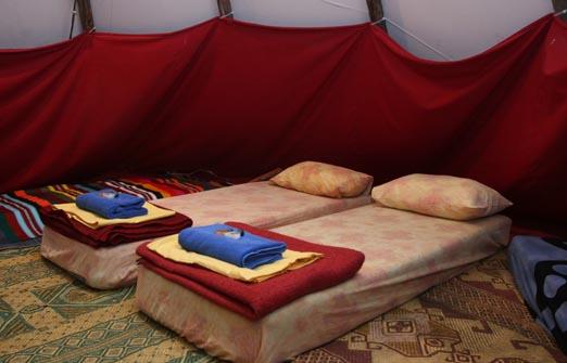 הכפר האינדיאני - מיטות