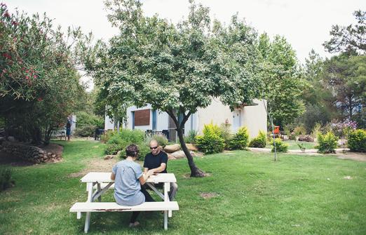 שניר אירוח בוטיק - החצר הקסומה