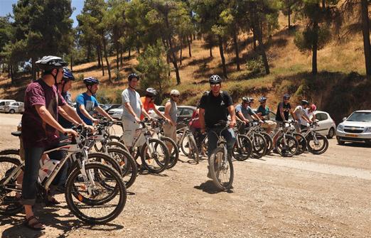 פייס-בייק טיולי אופניים- קבוצה לפני יציאה