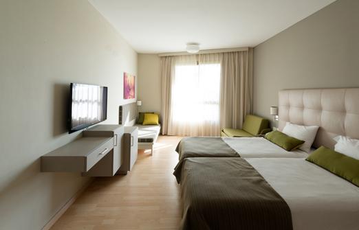 מלון שפיים -  חדר במלון