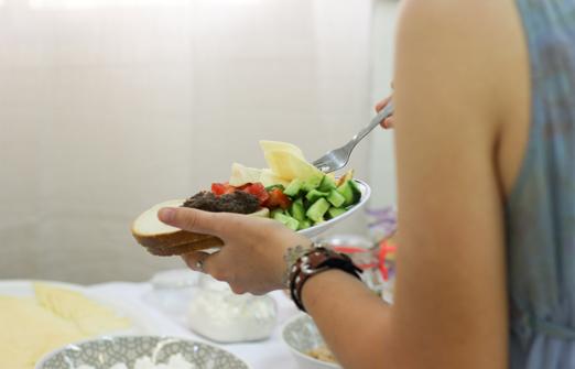 צל תמרים חדרי אירוח - קיבוץ יהל - ארוחת בוקר