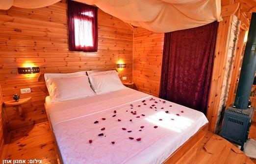 בקתות טל נוף - מיטה זוגית