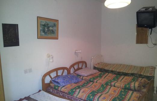 אורחן בית שלום - מיטות
