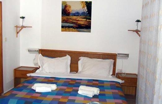 פנינת ורד אחוזה במדבר - מיטה זוגית