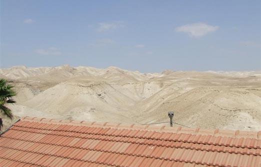פנינה במדבר אחוזה במדבר - טיול אופנועים