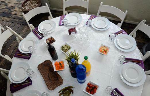 מורגנפלד סטייק האוס- שולחן אוכל מלמעלה