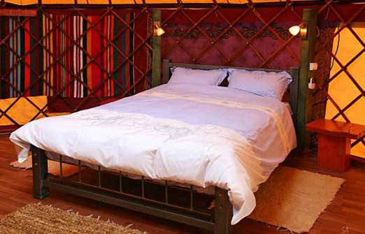 הכפר האינדיאני - מיטה זוגית
