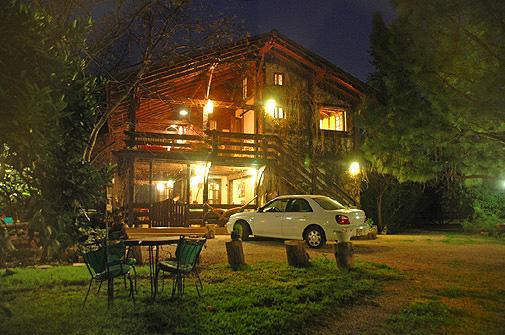 בית העץ wood house inn - בית העץ והבריכה