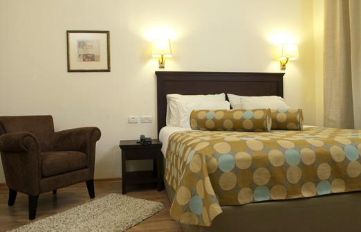 הגושרים מלון בטבע - מיטה זוגית