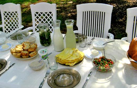 קוז'יקרו שילה ודני - ארוחת בוקר מפנקת